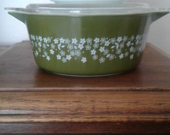 Pyrex Spring Blossom 2 pc Covered Casserole Dishes