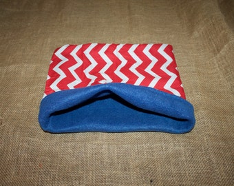 MEDIUM LARGE Red, White, And Blue Chevron pouch for small pets