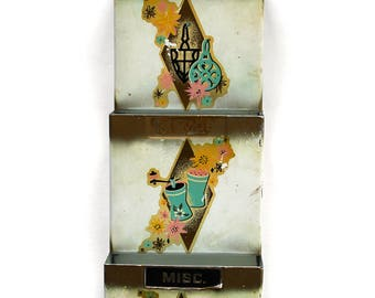 Vintage 1950's Teal and Pink Metal Wall Mounted Letter Holder/Organizer! Super Cute!