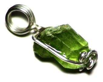 Green Peridot Pendant, Peridot Crystal Sterling Silver Necklace (8.6 ct) Real Crystal Jewelry, Peridot Rough Gift, Short Pendant Necklace