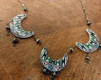 1970s Vintage Clay Collar Necklace