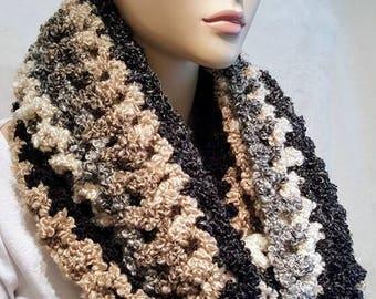 Crochet Infinity Scarf, Black Crochet Scarf, Fall Crochet Infinity Scarf, White Crochet Scarf, Chunky Crochet Infinity Scarf, Infinity Scarf