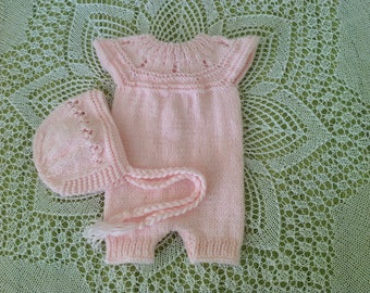 newborn set, pink set of romper and bonnet, newborn  romper, newborn hat, newborn girl, newborn photo prop, knit baby hat, newborn props