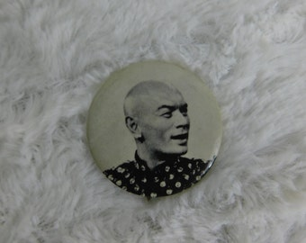 Silver Screen Movie Star Yul Brynner Pinback Button Sandyval DR32