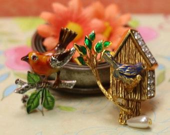 1 Vintage 'Spring is Here' Bird Pin Brooch