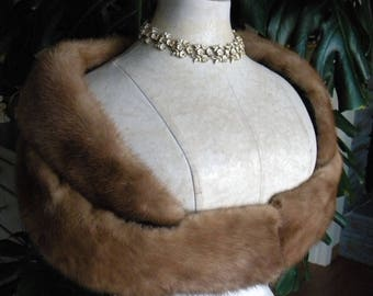 Pretty mink fur wrap / stole / wedding / bridal fur