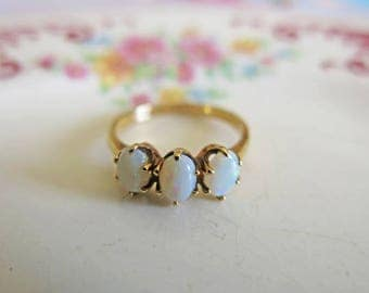 Vintage 14K Gold Opal Ring Opal Engagement Ring 14K Yellow Gold Ring Opal Wedding Ring Estate Jewelry October Birthstone Size 6 1/2