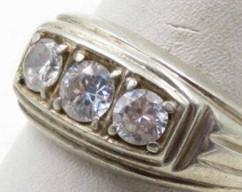 Heavy Sterling Silver Vintage 925 White Stone/Crystal or CZ Ring Sz 9