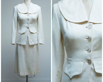 1940s Vintage Suit • Winter Whites • Creamy White Wool 40s Skirt Suit Size Small
