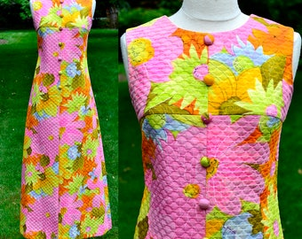 1960's Quilted Vintage Tropical Floral Dress / Tori Richard for Norma Maier's Honolulu / Mod Hawaiian Dress / Size 8
