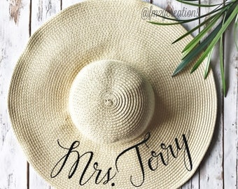 Mrs Custom Hat | Custom Floppy Hat | Custom Mrs Hat | Personalized Bride Hat | Bride Floppy Hat | Personalized Floppy Honeymoon Beach Hat RF