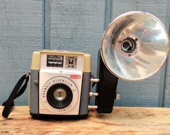 Vintage Camera - Vintage Brownie Camera - Kodak Camera - Starmeter Camera - Midget Flash Holder