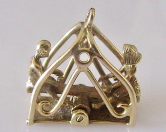 9ct Gold See Saw or Teeter Totter Moving Charm or Pendant
