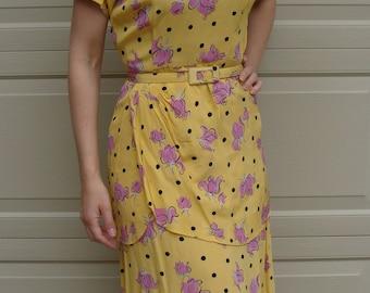 vintage YELLOW 1940's RAYON DRESS polka dots and floral peplum S 27 waist