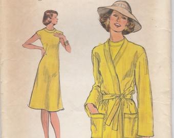 70s Simple Dress and Coat Pattern Vogue 9133 Size 10 Uncut