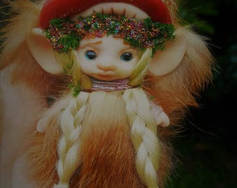 sweet  ooak posable fair skin  tiny mushroom   fairy fairie fae mouse