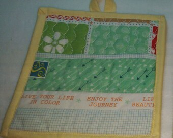 9 X 8 Yellow & Green Retro Kitchen, Pot Holder, Hot Pad, Oven Mitt, Insulated, Quilted, Pocket, Multi Color