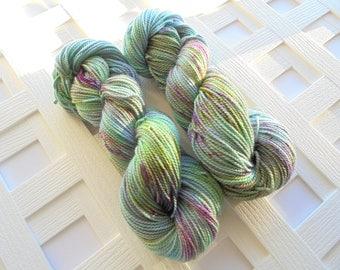 Handdyed Dk Yarn, GALADRIEL'S GIFT on Buttery Soft dk Yarn, LOTR Yarn, Merino Yarn, Alpaca, Silk, speckled yarn, Weaving Yarn, Knitting
