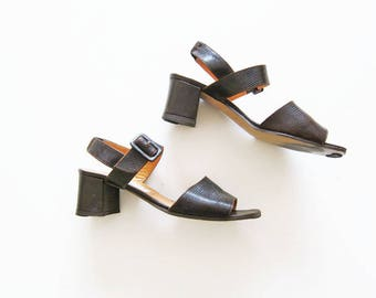 90s sandals / ankle strap sandals / chunky heel sandals / brown leather sandal / block heel sandals / laura ashley / women sandals 8