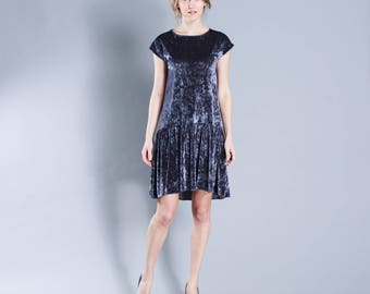 Velvet Flower- short dress with frill