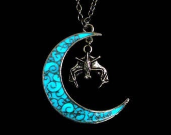 Moon And Bat Necklace Glow In The Dark Antique Silver (glows aqua blue)