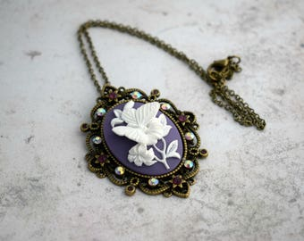 Cameo Necklace, Butterfly Necklace, Vintage Style, Butterfly Cameo Necklace, Romantic Jewellery,  Cameo Jewelry, Butterfly Pendant,
