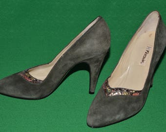 Vintage  Olive Green Suede Shoes Brand FERDIN Made in Italy 1950s