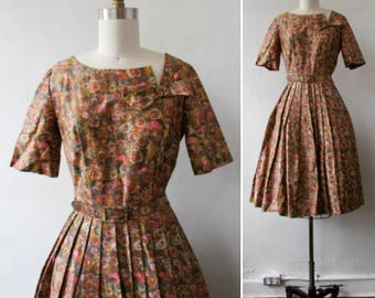 1950s dress | vintage dress | vintage 1950s dress | vintage floral dress | cotton satin party dress | fit and flare | Natalie Blair Dress