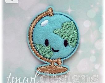 "Earth Globe Feltie Digital Design File - 1.75"""