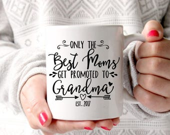 Grandma Coffee Mug, Promoted to Grandma, Grandma Mug, Grandma Present, New Grandparent, Pregnancy Reveal, Grandma to Be, First Time Grandma