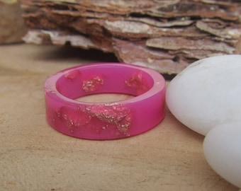 thin pink ring, hot pink ring, copper ring, pink band, resin ring, resin copper ring, pink ring, ring for women, pink band, smooth ring band