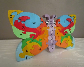 Butterfly puzzle to learn the Alphabet