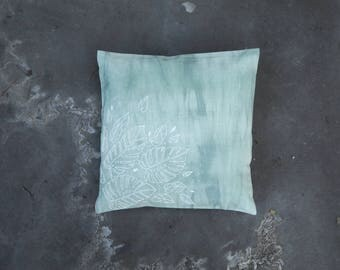 Lucy // Pillow // One of a kind // Handmade // Green