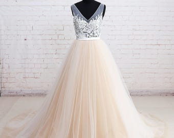 Elegant Lace Wedding Dress with V Back Colored Tulle Wedding Dress with Ribbon Summer Wedding Dress