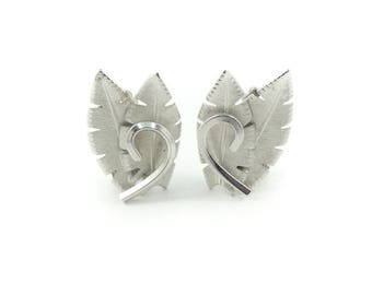 Vintage Leaf Earrings, Silver Tone, Clip Ons, U68