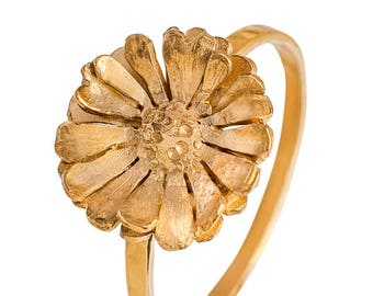 Daisy Ring, 24 ct Gold-plated Silver Flower Ring, Floral Jewelry, Statement Ring, Daisy Jewelry, Wedding Ring, Bridesmaid Gift, Boho Style
