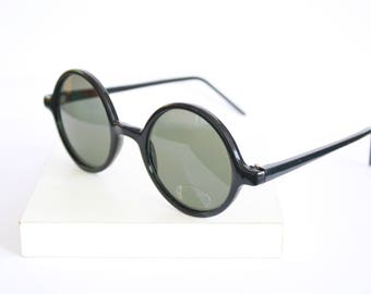 Black Round Sunglasses - 90s - New old stock