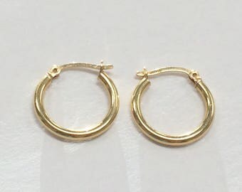 Vintage BEAUTIFUL 14K Yellow Gold Smooth HOOP EARRINGS