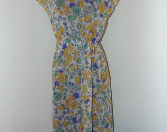 Vintage 1970s Pretty Floral Dress by In Roads in size Small