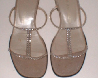 Enzo Angiolini Silver Thin Strappy Sandals Shoes with Rhinestones Size 7.5 M ExC