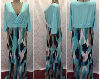 Maxi dress, jersey dress, green, retro, stylish, maxi dress with sleeves, plus size