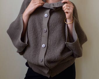 Grey, boho waffle-knit collared button up sweater- M/L