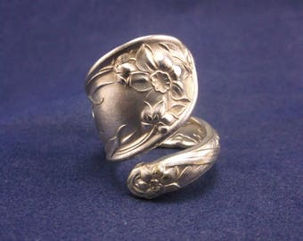 "Spoon Ring ""Narcissus"" Handmade Spoon Jewelry size 8"