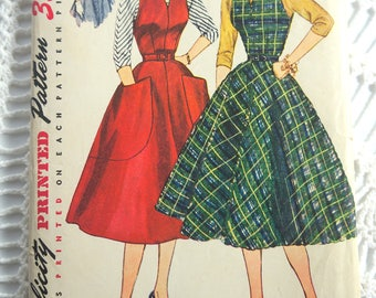 Vintage 1952 Simplicity 3968 Sewing Pattern- Misses Dress or Jumper and Blouse Size 12 Bust 30