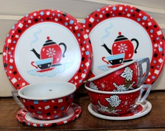 Vintage Ohio Art Tin Toy Dishes Mixed Parts 2 Plates, 2 Saucers, 3 Cups - Teapots and Lambs
