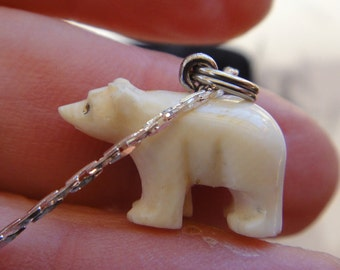 "Vintage Small carved Bone polar Bear on 23"" serpentine chain"