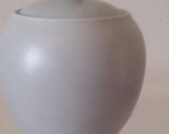 Noritake, Colorwave, Grey, Sugar Bowl with Lid, Sugar Bowl, Noritake Sugar Bowl.