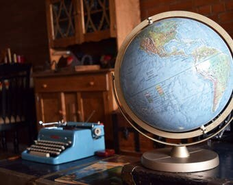 Vintage 12inch Reader's Digest World Globe - REPLOGLE GLOBES - English Language - Great World Globe - Office/Library Decor - Made in the USA