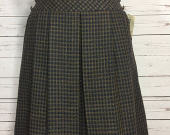 Vintage 80s Pleated Skirt Checks Size 8 NWT