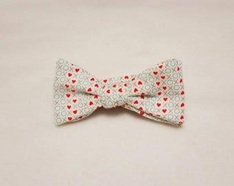 X's and O's Valentine's Day Bow Tie - Self Tie Bow Tie